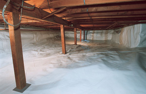 a crawl space liner installed in a damp crawl space in Savannah, Ohio