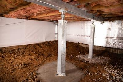 Crawl space jack stands