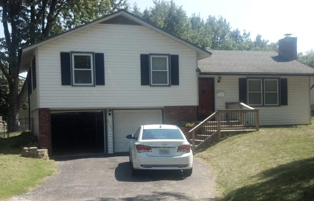 Foundation Settlement in Garage of Shawnee, KS Home