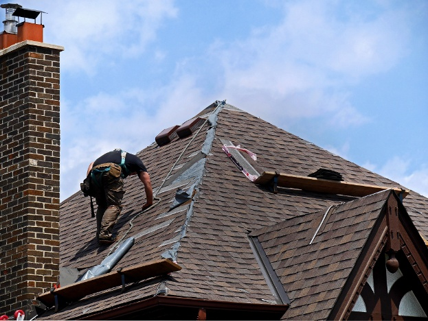 Warning Signs You Need A New CT Roof