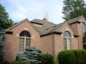 Asphalt roof in Elyria