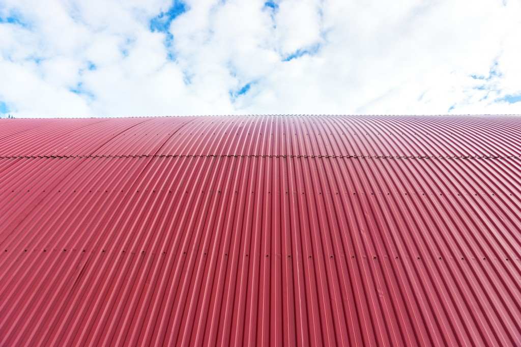3 Differences Between Corrugated Metal Roofing and Standing Seam Metal Roof...