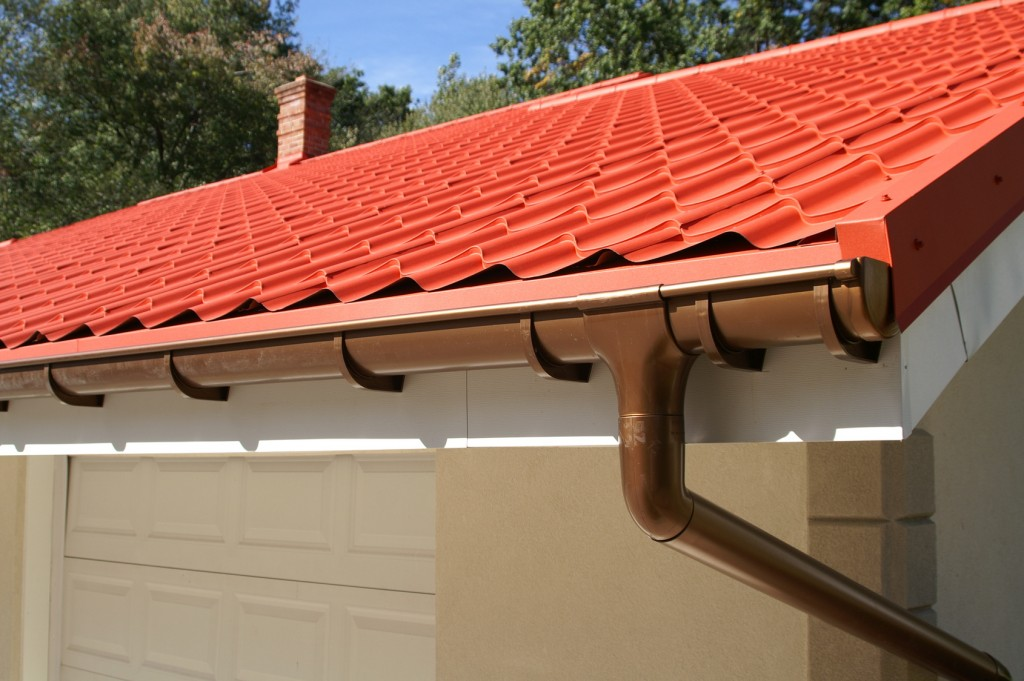 3 Ways to Prevent Serious Damage to Your Gutters