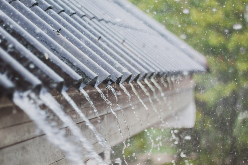 4 Ways to Prevent Rainwater Damage During Hurricane Season