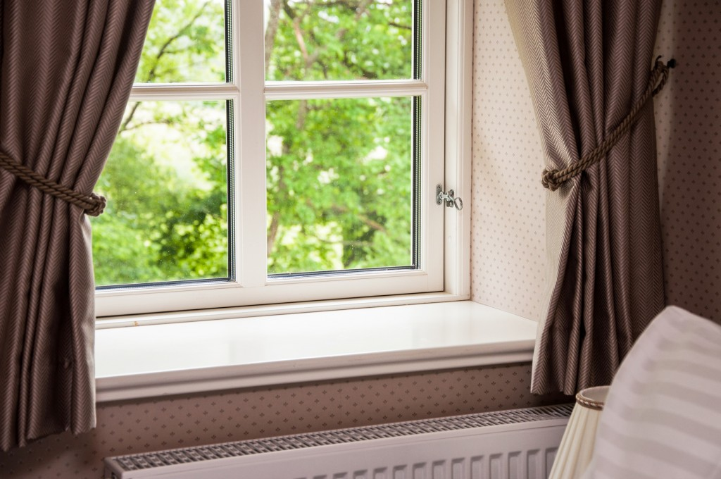 5 Ways You Can Liven Up the Windows Throughout your Home