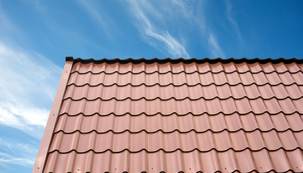 Smart Alternatives to Asphalt Roofing to Consider When Replacing Your Roof