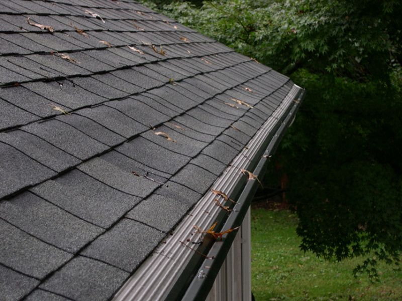 A Good Gutter Guard System: High Performance Protection for Your Home