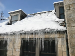 Avoid Winter Roof Damage With This 5 Step Checklist!