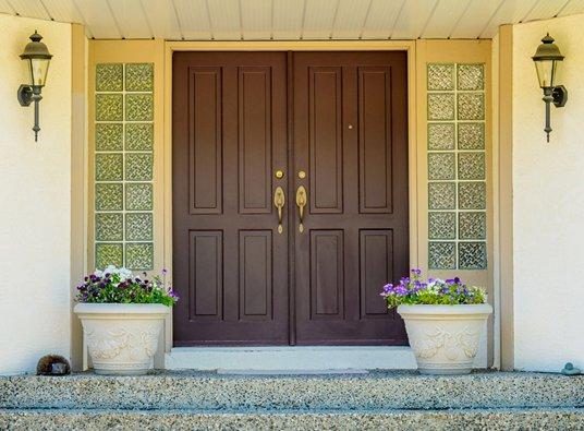 4 Great Benefits and Features of Our Entry Doors