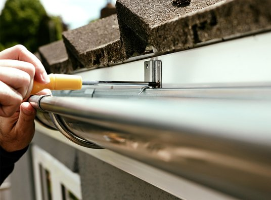 4 Things You Need to Know about Gutters