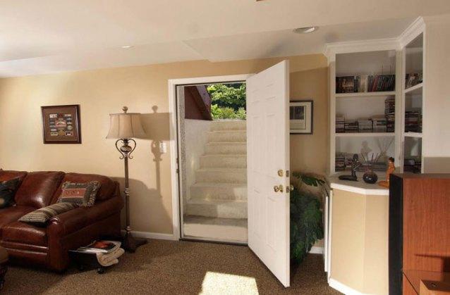 Cellar stairway