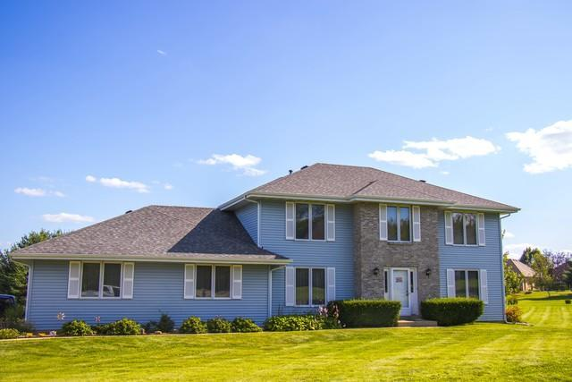 Roof repair contractor in Illinois and Wisconsin