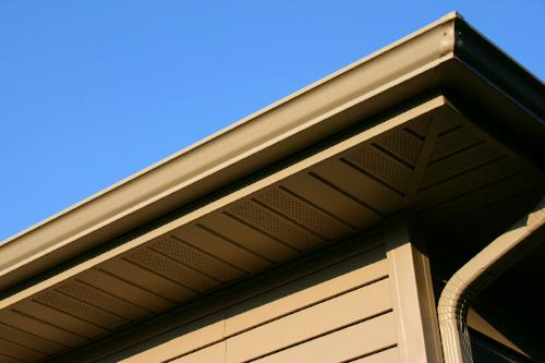 Seamless gutters on a home