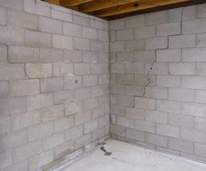 Cracked foundation walls