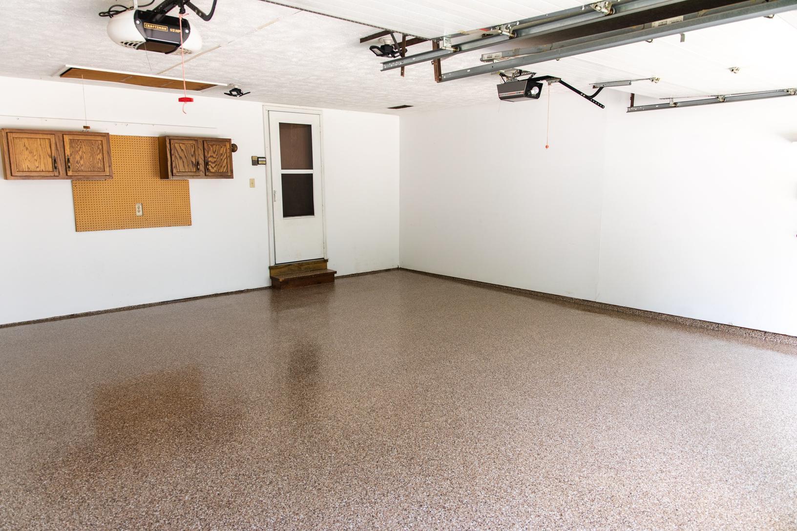 [benefits to garage floor coating]