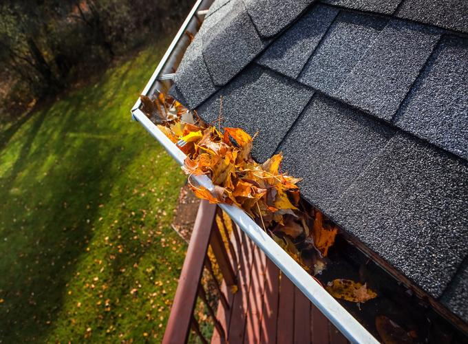 How to prepare your Gutters for the Fall Season