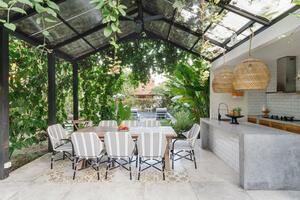 Lush Outdoor Kitchen