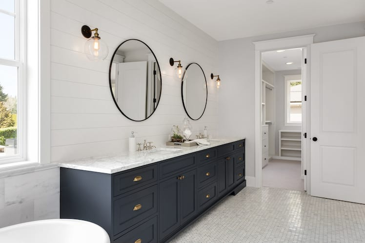 What to Consider Before Remodeling Your Master Bathroom