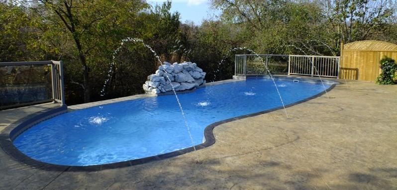 Fiberglass Pool Installation in Whitchurch-Stouffville, ON
