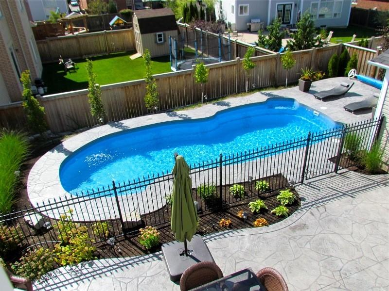 Pool installation in Ontario
