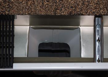 Wide Mouth Outlet Top View