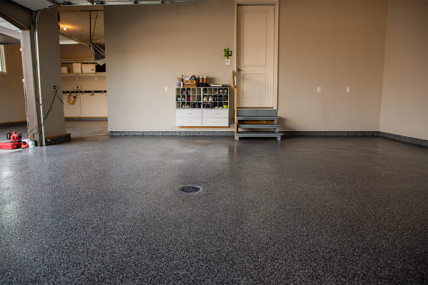 Comparing Polyaspartic and Epoxy Garage Floor Coatings