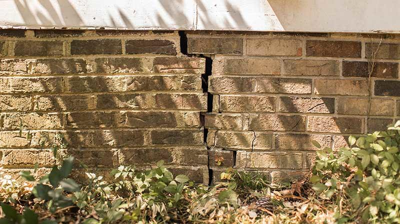 Vertical crack in brick foundation