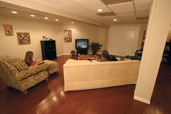 Imaginez que votre sous-sol soit fini une bonne fois pour toutes, qu'il soit beau, confortable et sain pour le reste de votre vie.