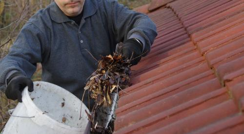 clogged gutters in Stamford, CT