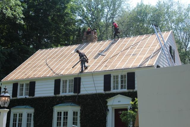 replace your roof in New Britain, CT & RI
