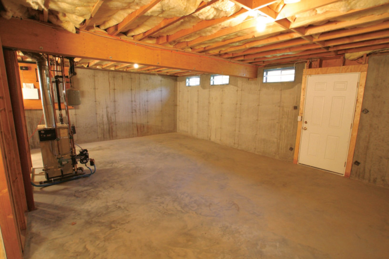 Connecticut Basement Systems - Basement Finishing Before ...
