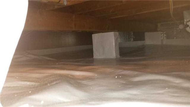 Crawlspace Encapsulation in Essex, CT