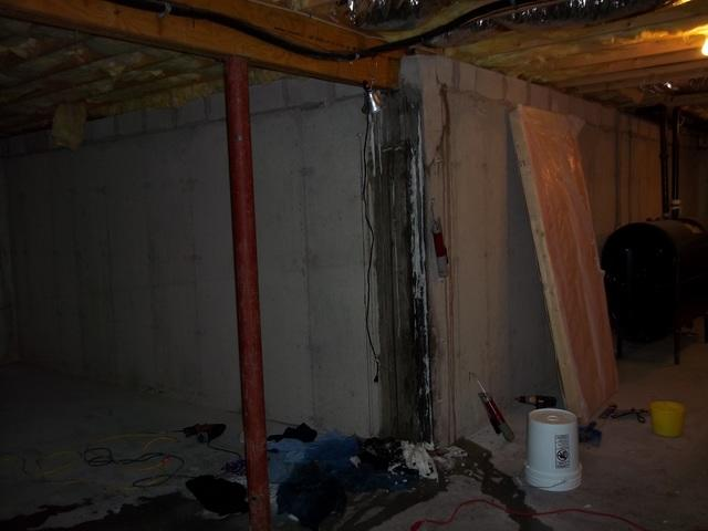 Leaky Basement Wall in Connecticut!