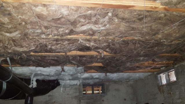 Insulation install in a Crawlspace