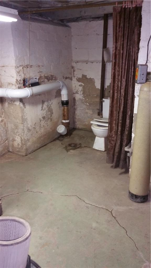 Basement waterproofing done right! Kenyon, MN - Before Photo