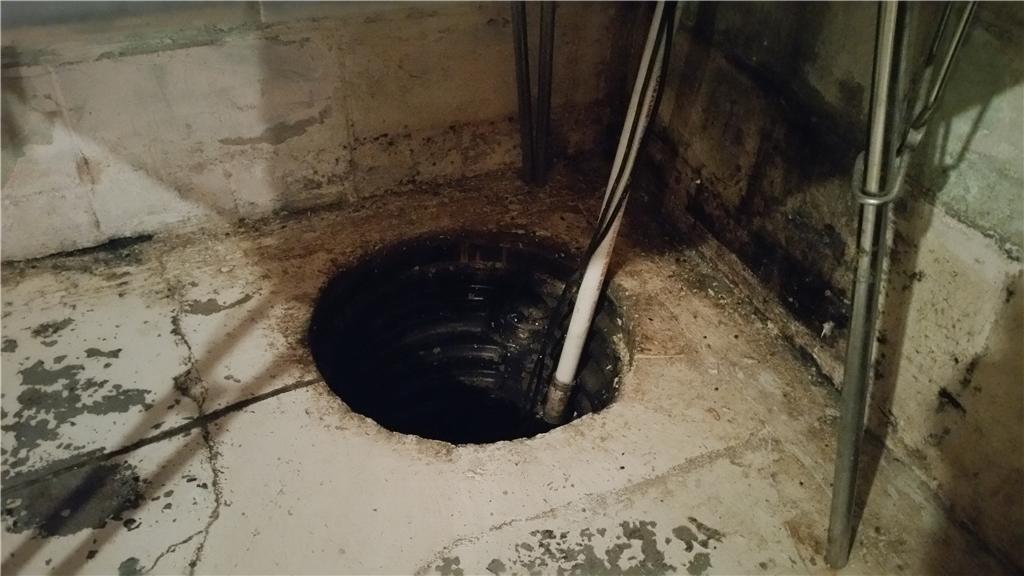 Water Seepage Solved For Luverne, MN Customer - Before Photo