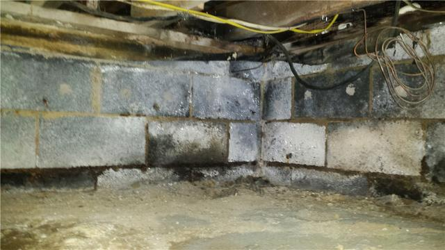 Crawl Space Humidity Controlled In Maple Shade Township, NJ