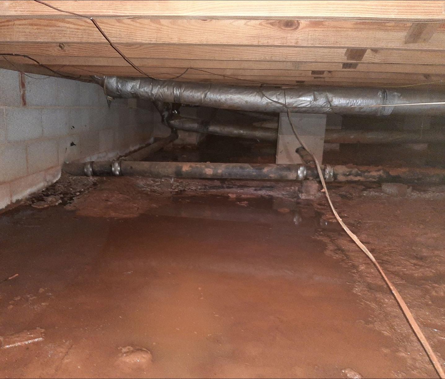Flooded Crawl Space in Salisbury, North Carolina - Before Photo