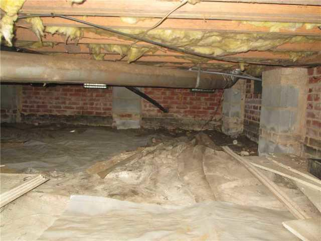 Crawlspace Encapsulation With SilverGlo in Charlotte, NC