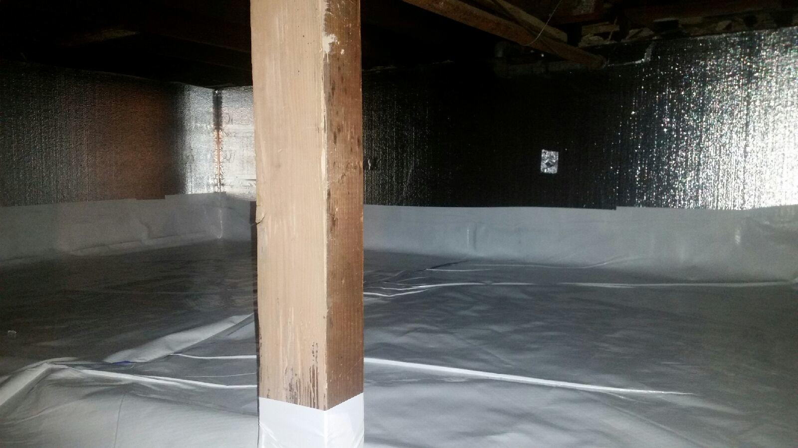 Crawlspace Insulation and Vapor Barrier for a Freeport Crawlspace - After Photo