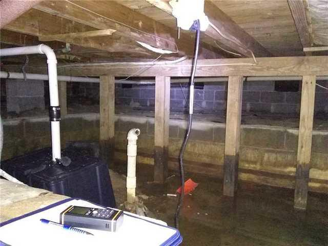 Crawl Space with Mold Problem: Waterproofed & Encapsulated
