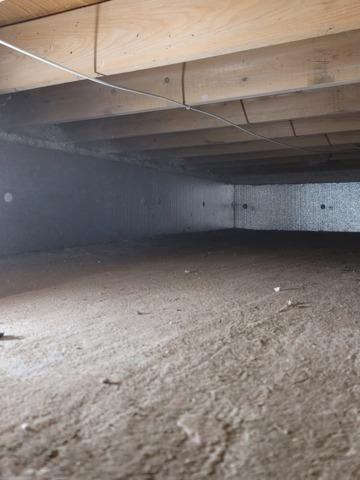 Crawlspace Clean in Babylon, NY