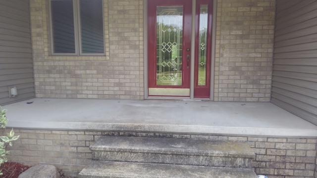 Front Stoop Lifted in Escanaba, MI