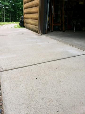 Settling Garage Apron in Springstead, WI