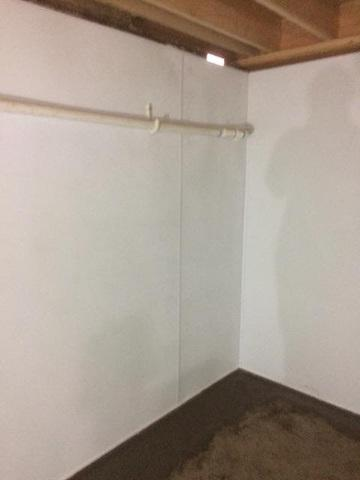 Finished Basement Walls in Mill City, Oregon