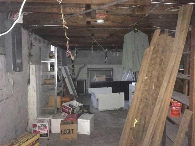 Damp Basement in Lowell, OR