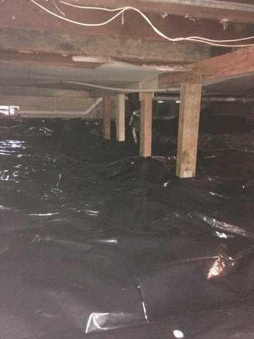 Wet Crawl Space in Salem, OR