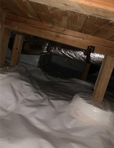 Wet crawlspace in Gresham Oregon