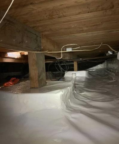 Clean Crawl Space in Sherwood, OR