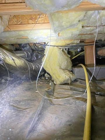 Messy Crawlspace, Water Damaged - Powell Butte